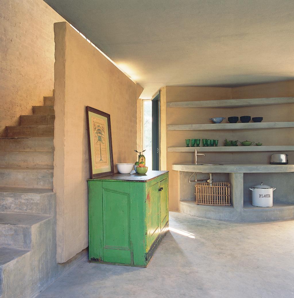 Escape Gray Kitchen: Sumien's Escape To The Country