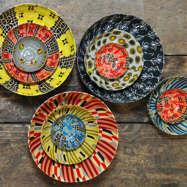 Wola Nani\u0027s new collection of boldly coloured papier-mâché bowls created specifically for the Indalo Project has us swooning. & African print bowls by Wola Nani - Visi