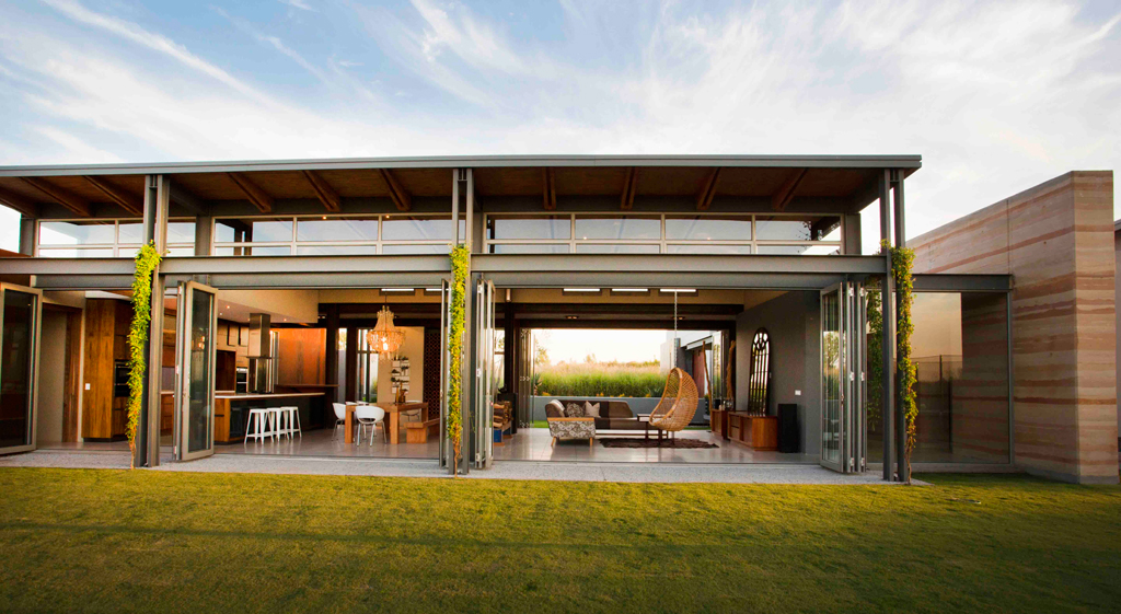 Joburg farm style visi for Home holl