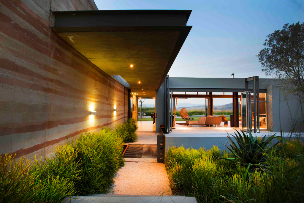 Joburg farm style visi for Contemporary residential architects