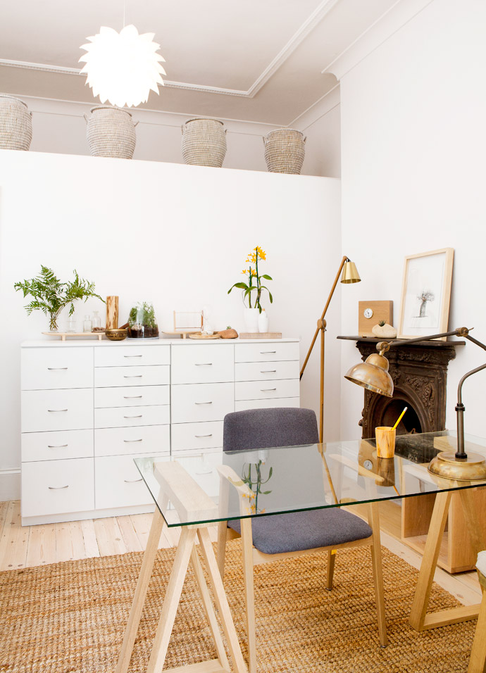 The homeopath's office is a delightful combination of the contemporary and thenatural. The trestle desk from LIM andoak chair from Stable stand on ajute rug fromWeylandts.