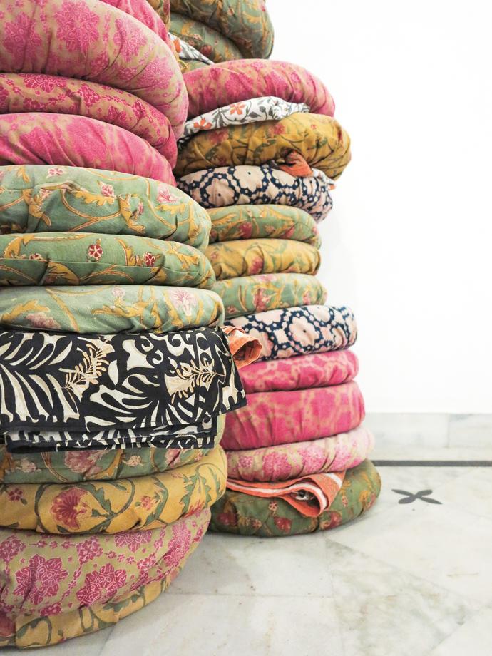 Diggi---cushion-pile