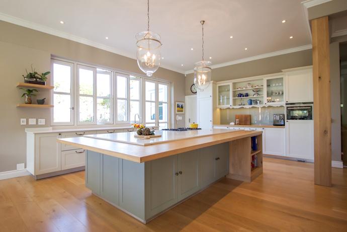 Finalists caesarstone kitchen of the year 2015 visi for Kitchen designs kzn