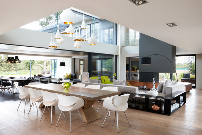 PEARL VALLEY ESTATE HOME