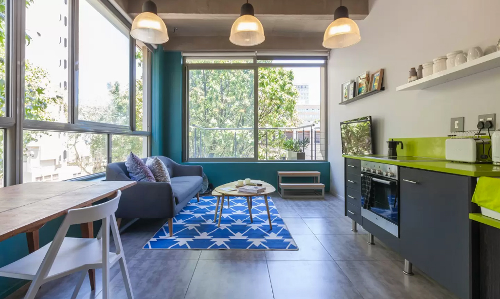 8 stylish airbnb rentals in johannesburg visi for Airbnb apartments