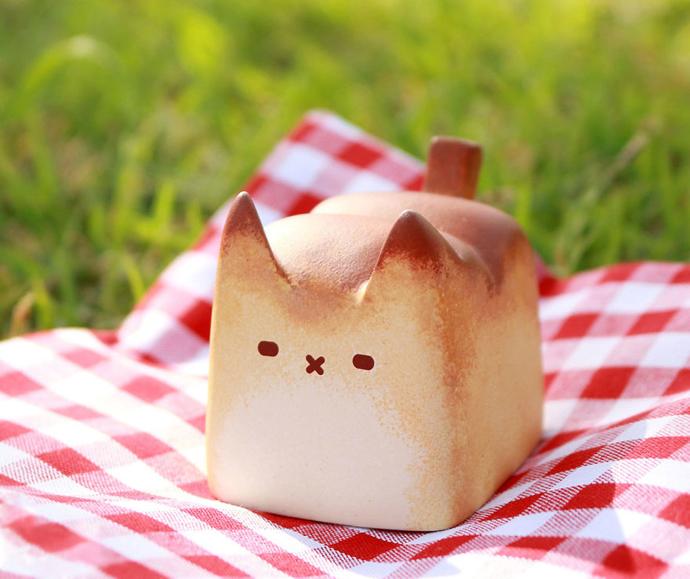 Breadcat2