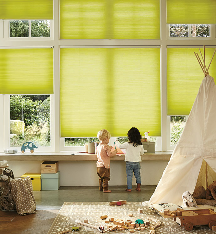 Superb The Luxaflex Child Safe LiteRise Cordless Operating System Lets You Raise  And Lower Duette Shades With A Touch Of The Handle And The SmartCord System  Has A ...