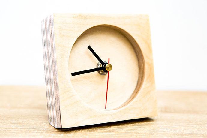 minima-clock-1