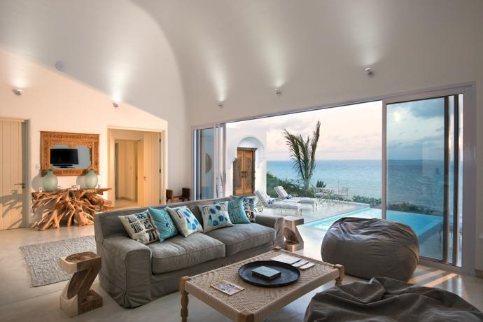 The lounge of the three bedroomed Villa da Praia opens onto a private pool patio.