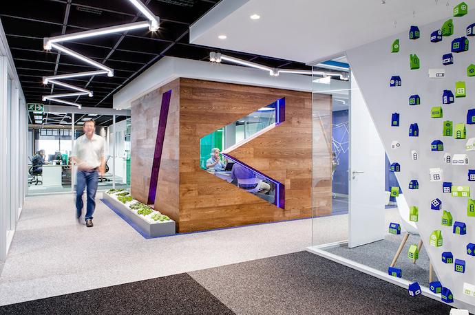 Futuristic Cape Town Office Space1|25; Korbicom_21