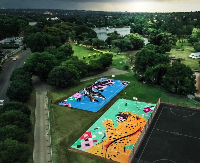 ZOO LAKE COURTS2