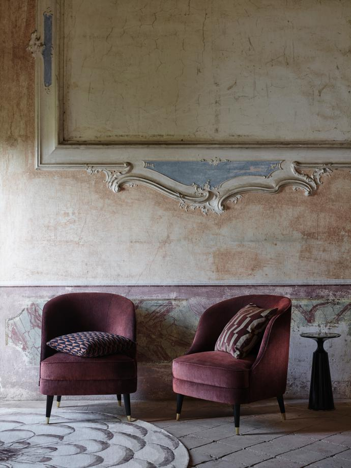 Zoffany2017_TheMuse_ConwayCord_HR