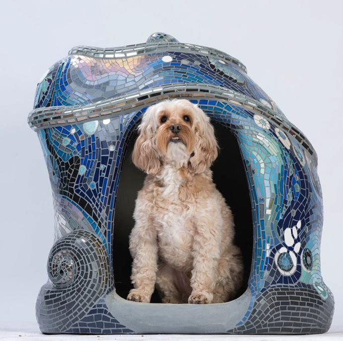 Dog house by Tamara Froud of Mosaic Art.