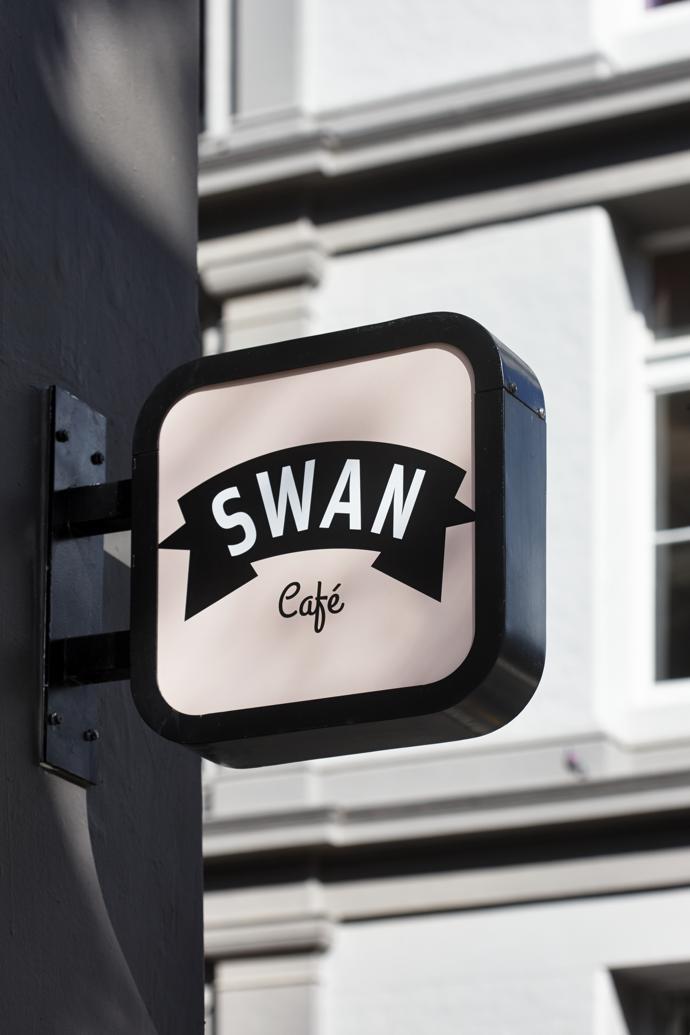 SwanCafe3