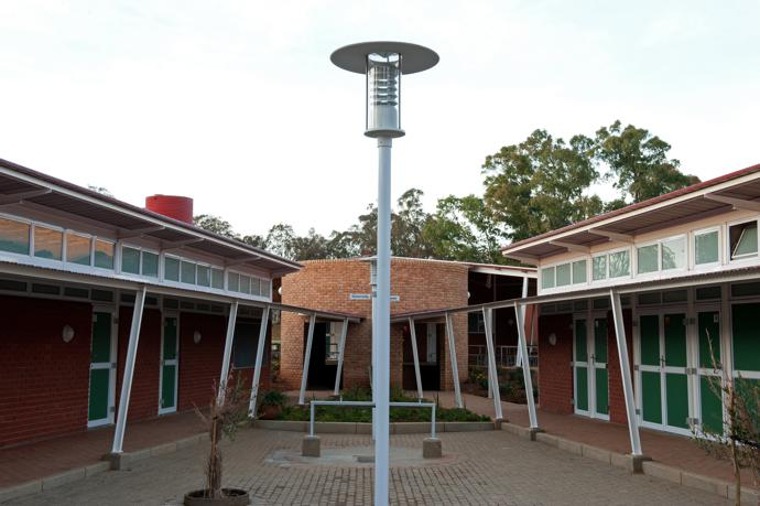 Clarens Primary School CRB Courtyard 3