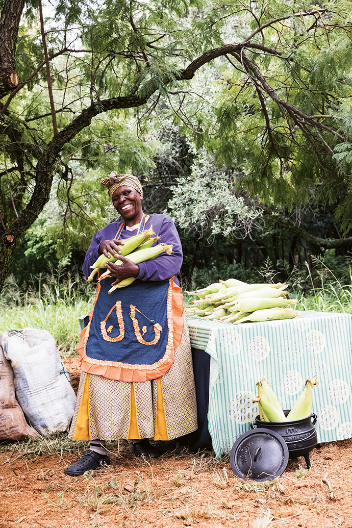 Elizabeth Aletta Ntuli, whom Craighall Park residents will recognise as their local Mielie Lady, served freshly braaied corn to the guests.