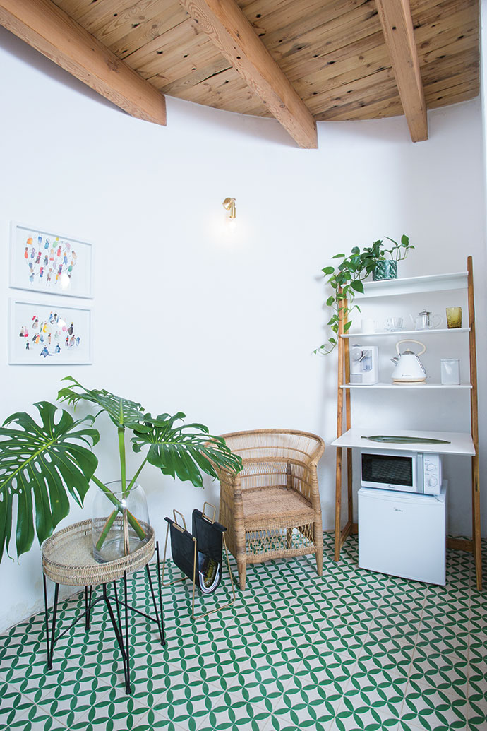 Sumari is a fan of Moroccan Warehouse, which is where she found the green-and-white floor tiles.