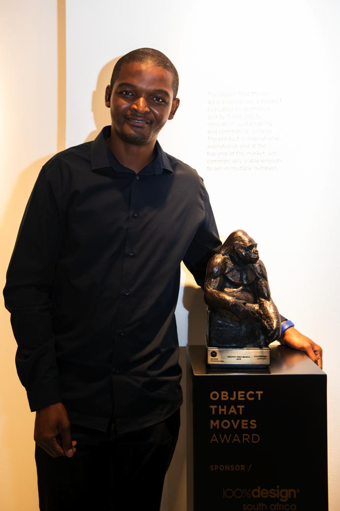 Chuma Maweni recipient of the Object That Moves Award.