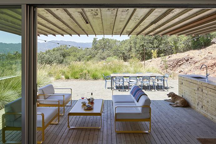 Mork-Ulnes Architects - Triple Barn - PH AUG25 - photo by Bruce Damonte_LR 1600px