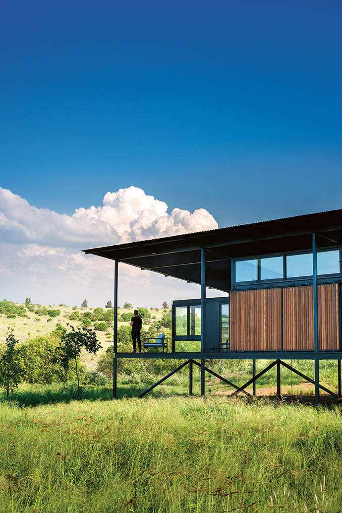 With expansive views in all directions, lots of natural light and rich grassland, it was the site and its local context that informed the architecture of the house and the approach to its design. Decking areas north, south and east allow for the full experience of the landscape as it changes with the light. The study is designed to be a floating box with views to the east valley, an inspiring place to write.